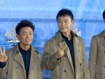 《唐探2》剧组采访 王宝强刘昊然黑超亮相丝路节