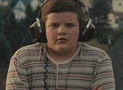 《超级8》独家中文片段 拍戏少年揭秘片名来由