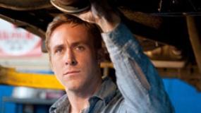 《亡命驾驶》中文预告 高斯林飙车、恋爱两不误