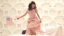 金赛纶《芭比》片段 萝莉姐妹花苦情戏出征釜山