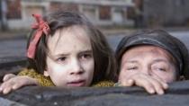 《黑暗弥漫》中文预告 犹太人遭难史PK南京大屠杀