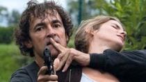 法国悬疑大片《猎物》将映 男主角搏命堪比阿汤