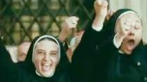 《教皇诞生》中文预告 欧洲宗教喜剧4月登陆北美