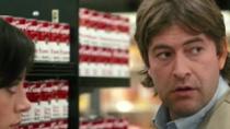 《安全没有保障》中文片段 美女求穿越搭讪超市男