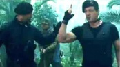 《敢死队2》中文片段 史泰龙、斯坦森涉险杀敌