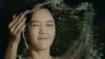 《云之锦》曝受虐特辑 冰水入浴开启穿越三世之爱