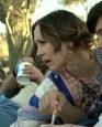 喜剧片《羊群》中文片段 儿子离家老妈撒娇不舍