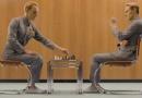 《普罗米修斯》发病毒视频 法斯宾德变生化机器人