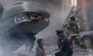 《复仇者联盟》中文备用片段 硝烟弥漫死城孤寂