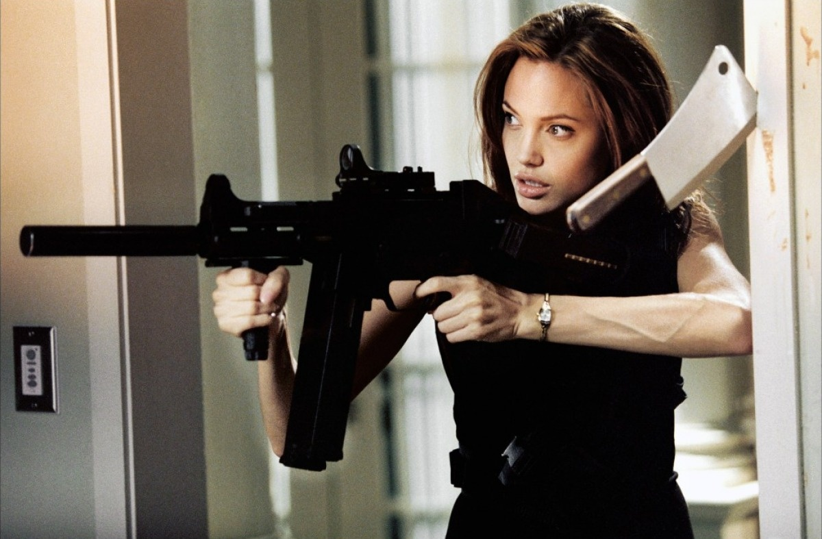 Angelina jolie mr and mrs smith - 2 part 7