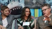 专访《大海啸之鲨口逃生》主创 莎妮与暮色男秀恩爱