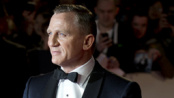 《007:大破天幕危机》首映 查尔斯王储亲临助阵