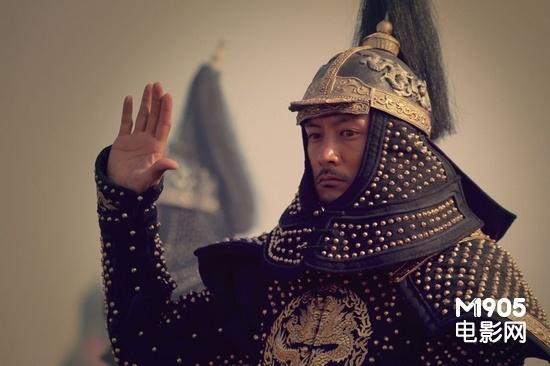 余文乐《血滴子》变清朝将军穿黄金甲出场