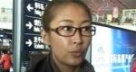 梁静现身机场遭遇尴尬签名 赴台湾角逐最佳女配角