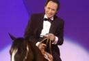 第63届奥斯卡中文开场片段 克里斯托搞怪骑马入场