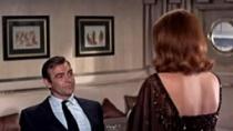 《007:雷霆谷》片段 邦女郎绑架007刑罚加色诱