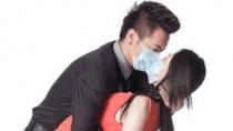 """《三月情流感》终极预告 爱情""""细菌""""来势汹汹"""