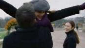 《通往仙境》曝光精彩片段 三人漫步温暖冷清公园