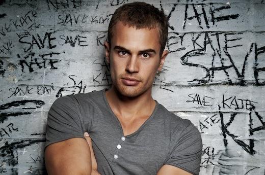 提奥·詹... Four Divergent Actor No Shirt