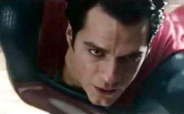 《超人:钢铁之躯》中文特辑 翱翔天空音速飞行