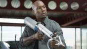 《速度与激情6》中文片段 新型武器险取猛男性命
