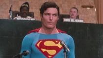 《超人4》中文預告 紅色披風大戰鋼鐵之軀核能人