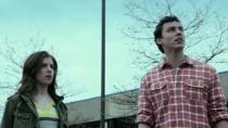《狂喜》中文片段 乌鸦开口疯狂叫嚣安娜视而不见