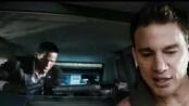 《惊天危机》中文片段 火炮围攻特工总统夹缝求生