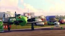 《飞机总动员》中文片段 初来乍到竞技场高手云集