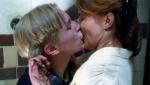 《教室别恋》经典片段 男女主角图书室浪漫热吻