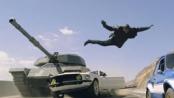 《速度与激情6》狂飙上映  坦克跑车火爆对决