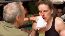 《百万美元宝贝》中文预告 女拳手追梦再老也不晚