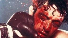 《愤怒的公牛》中文预告 青涩拳手德尼罗创造经典