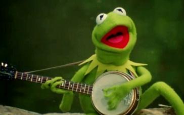《布偶大电影2》曝光片段 绿青蛙池塘高歌抒情怀