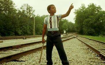《42号传奇》曝光预告片 黑人棒球手缔造美国佳话