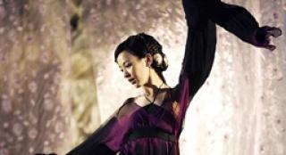 《花漾》MV大赏 S.H.E完美诠释电影的唯美与伤感