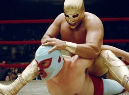 38期:《疯狂神父》拯救孤儿院 奇装异服搞笑摔跤