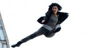 《特殊身份》曝特辑 揭秘实景拍摄真人玩命飞车戏