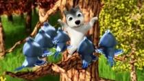 《丛林有情狼2》曝光片段 小狼崽攀高枝大显身手