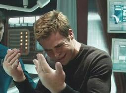 星二代克里斯·派恩圆梦扮偶像——《星际迷航》