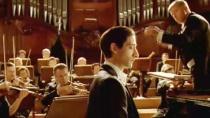《钢琴家》片尾赏析 布洛迪指间漫舞弹奏完美曲调