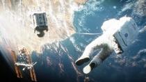 《地心引力》太空旖旎版中文预告 宇宙大美引窒息