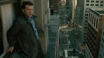 《窗台上的男人》片段 跳楼男高楼搏命另有隐情