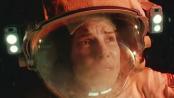 《地心引力》曝光片段 桑德拉无力漂浮绝望求救