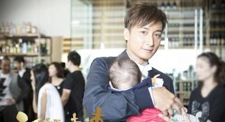 《六福喜事》曝Baby贺岁特辑 众星化身辣妈小爸