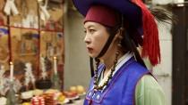 韩片《万神》曝光预告 文素利演绎法力最强女巫