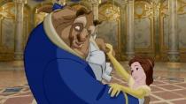 《美女与野兽》经典片段 贝儿与野兽甜蜜共舞