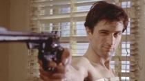 《出租车司机》预告 德尼罗刺杀参议员混沌求重生
