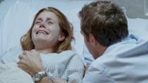《六月虫》精彩片段 艾米·亚当斯流产精神崩溃