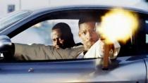 《绝地战警2》片段 飞车火拼街头上演连环混战